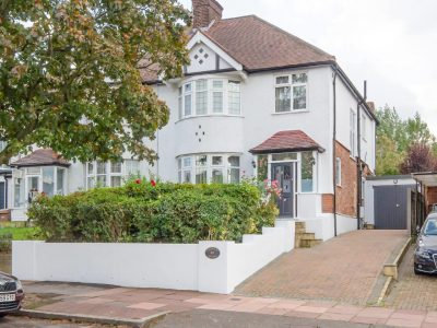 Creighton Avenue, Muswell Hill, London, N10
